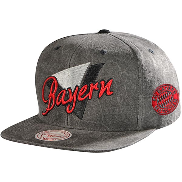 FC Bayern München Cap Snapback Triangle